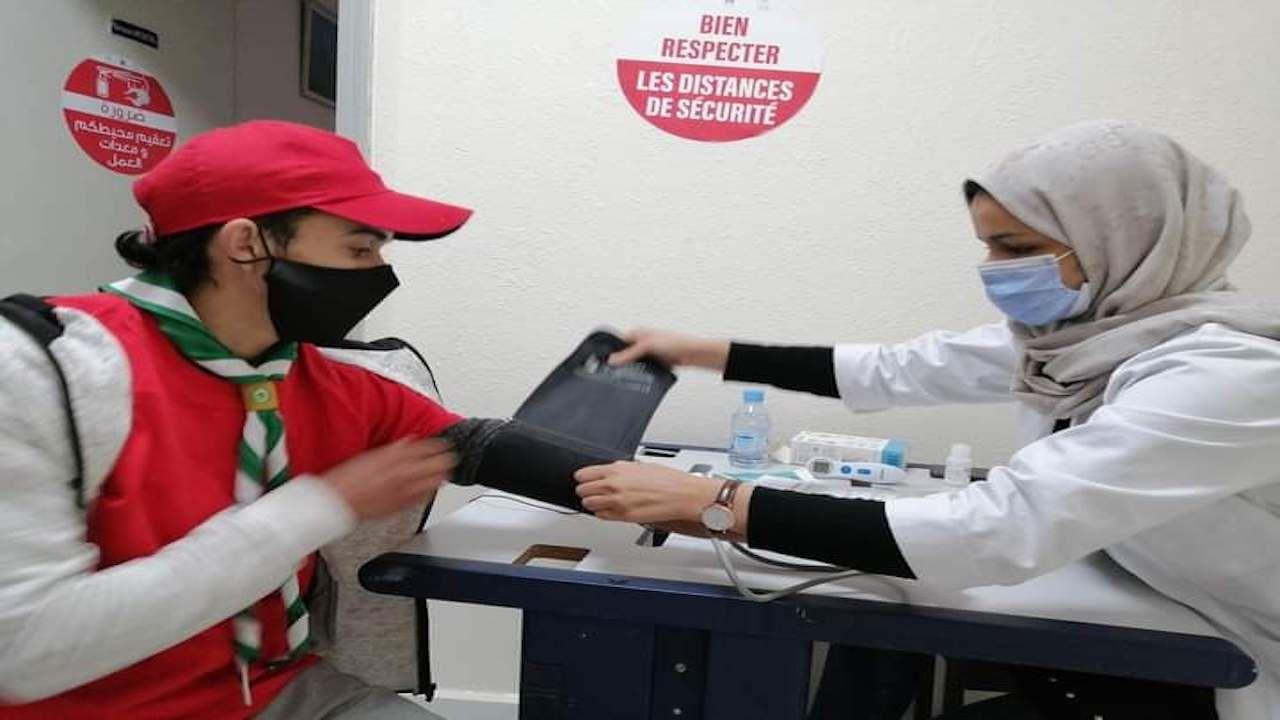شباب الدار البيضاء يتبرعون بالدم من القلب إلى القلب